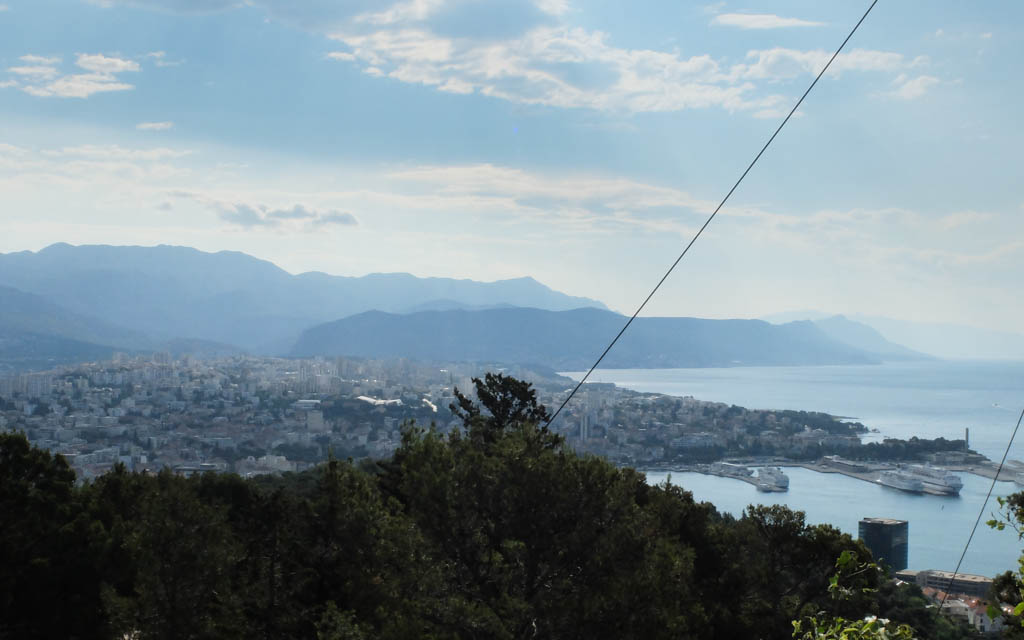 Olivia Leaves | Marjan Hill, Split
