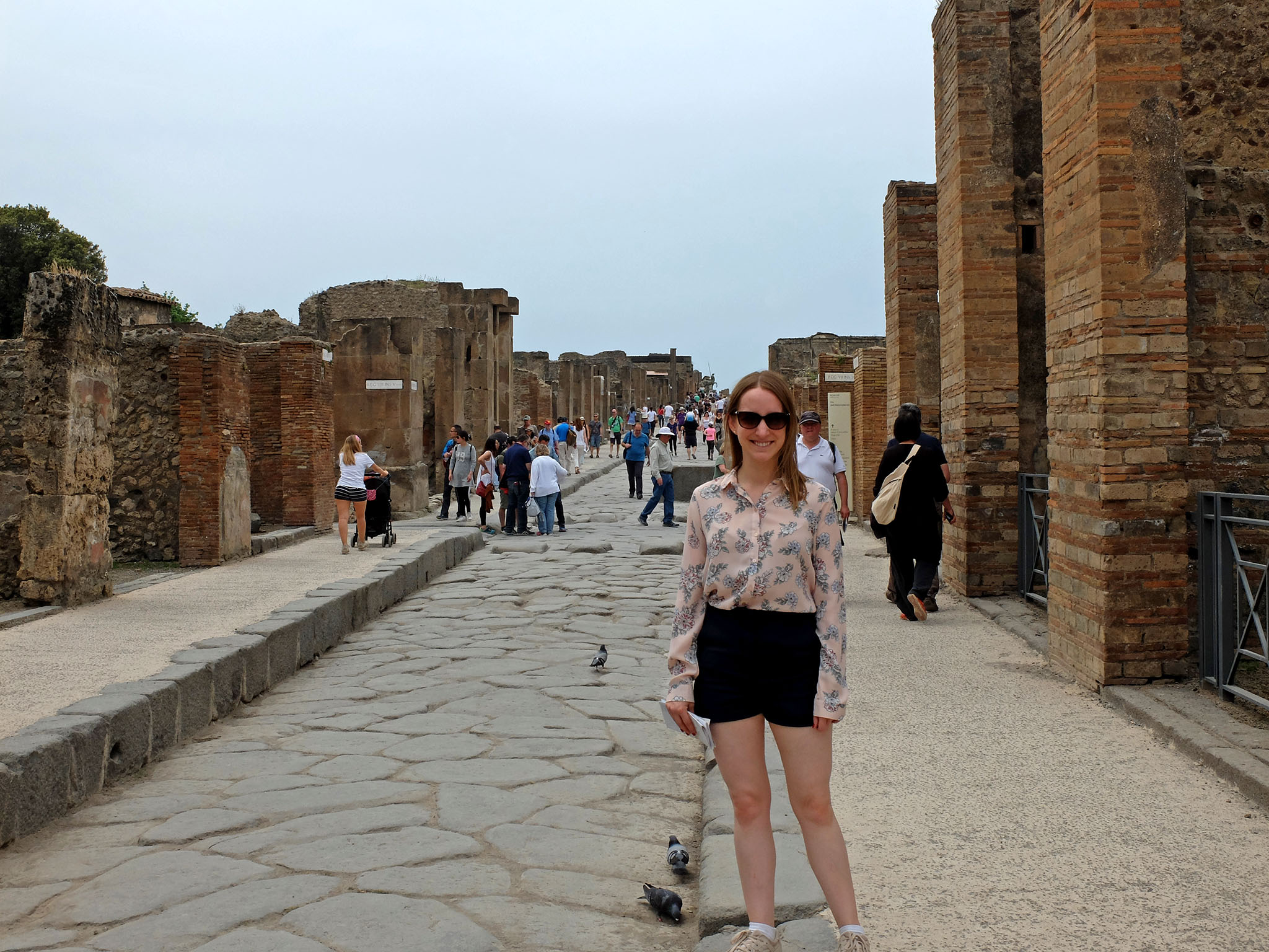 Olivia Leaves | Guide to Visiting Pompeii