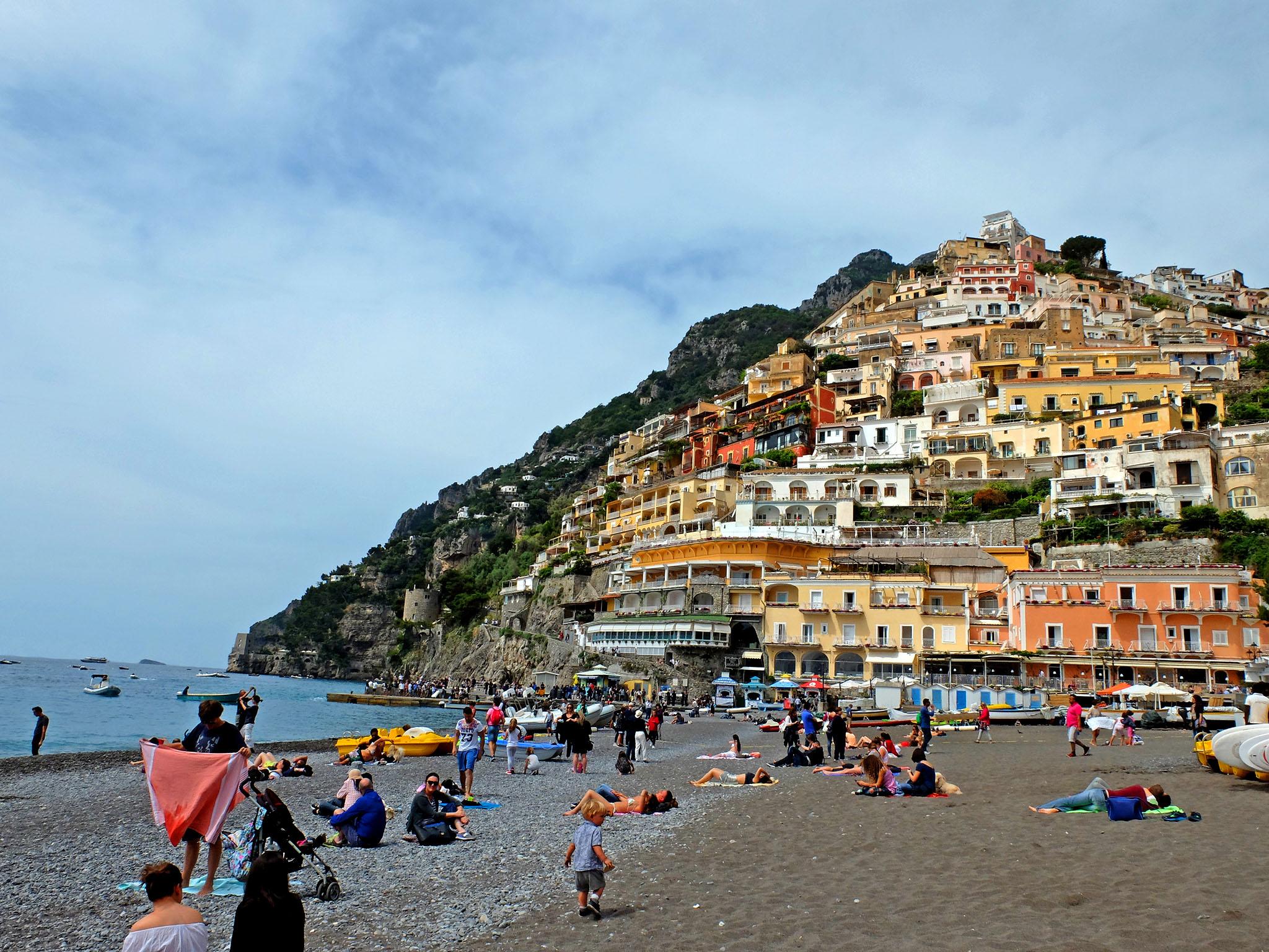 Olivia Leaves | Visiting the Amalfi Coast